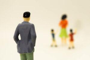 モラハラ夫離婚後の末路はストーカー?モラハラ夫のストーカー化を防ぐ方法